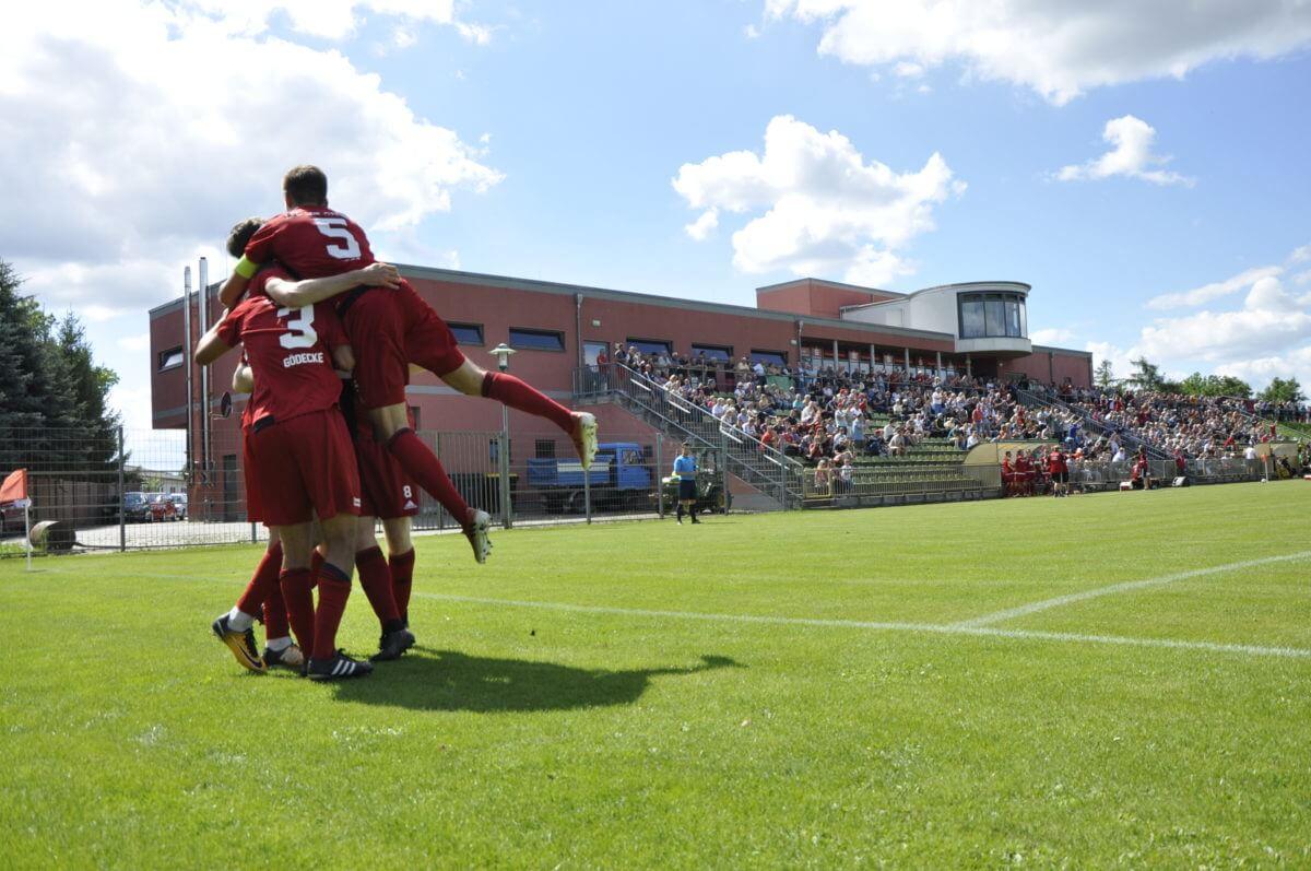 1. FC. Lok Stendal